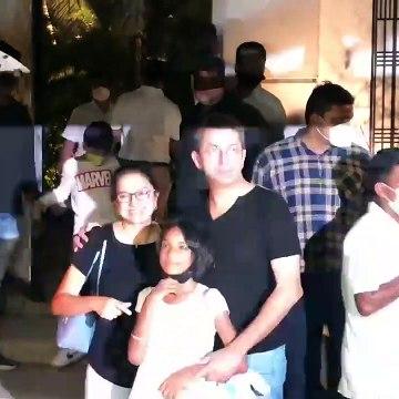 Kunal Kohli with Family Reaches Alibaug for Varun Dhawan & Natasha's Marriage