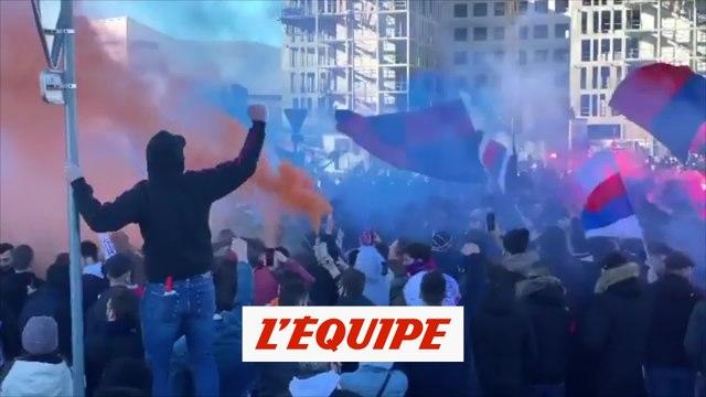 Les supporters lyonnais sont chauds - Foot - WTF