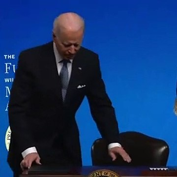 Biden signs executive order on American manufacturing