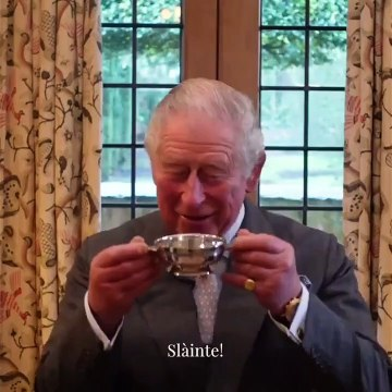 Prince Charles Burns Night Message & Poem! St Dwynwen's Day & Queen Shares Balmoral Pics!