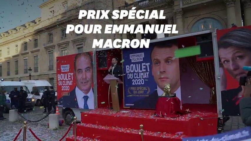 """Greenpeace remet les """"boulets du climat"""" 2020 avec un prix spécial à Macron"""