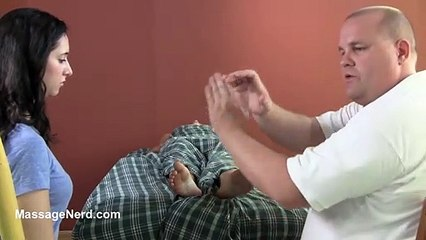 Compression Cross Reflexology - Massage Technique of the Day