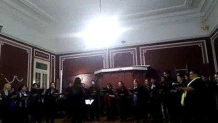 Laudate Omnes Gentes v izvedbi Camerate Concentus pod vodstvom Marjanke Grohar