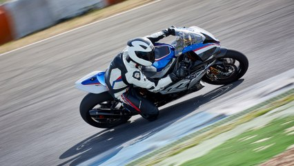 BMW HP4 Race - pure racing genes