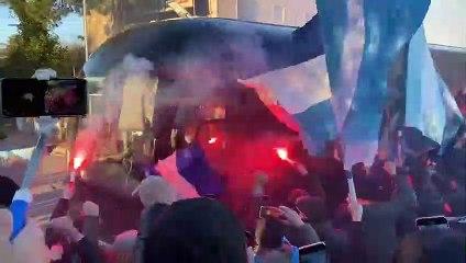 Lazio, la carica dei tifosi a Formello. Vigilia Inter-Lazio