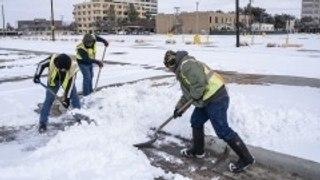 Tormenta invernal en Texas deja a millones sin electricidad