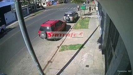 Policía atacó a un motochorro que quiso robarle en Rosario