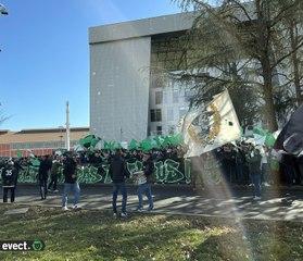 #ASSESDR : Rassemblement des Magic Fans 1991 sur le parvis du stade
