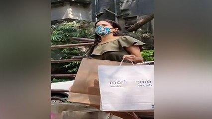 Kareena Kapoor Second Baby को Sara Ali Khan का बड़ा Gift; FULL VIDEO | Boldsky