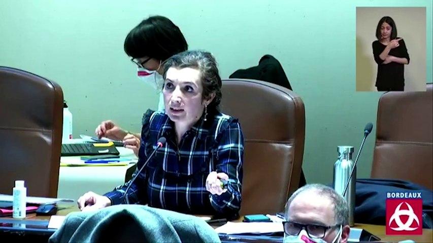 Claudine Bichet présente le rapport d'orientations budgétaire