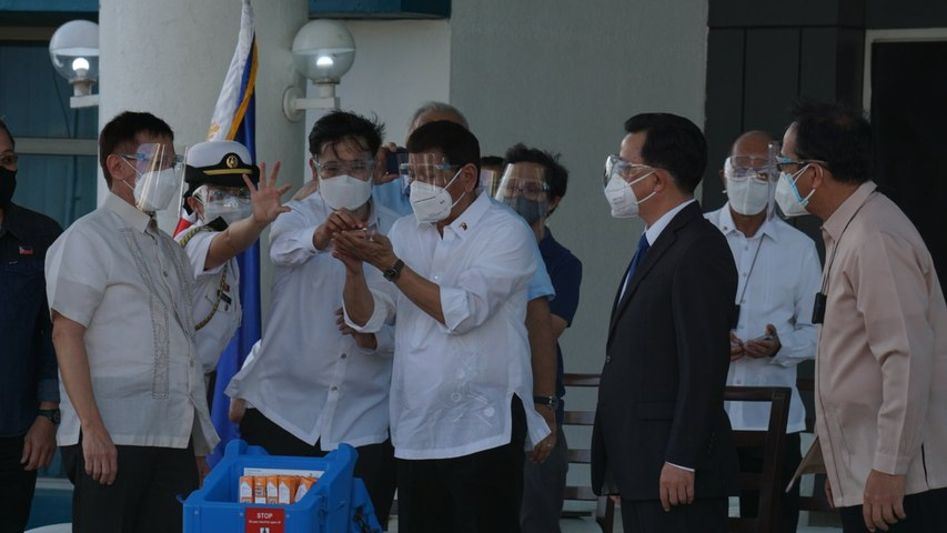 Duterte personally witness arrival of Sinovac vaccines at Villamor Airbase
