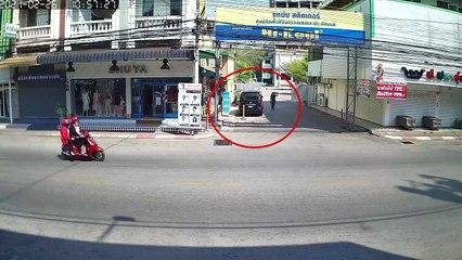 เจ้าของรถงงหนัก ที่ประจำจอดมานาน อยู่ดีๆโดนหญิงปริศนากรีดรถยาวเป็นเมตร
