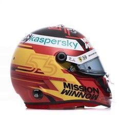 Formula 1 / Ferrari, il casco di Sainz per il 2021