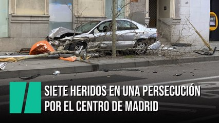 Una persecución por el centro de Madrid acaba con un coche estrellado y siete heridos