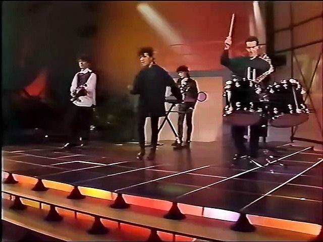 Indochine chante
