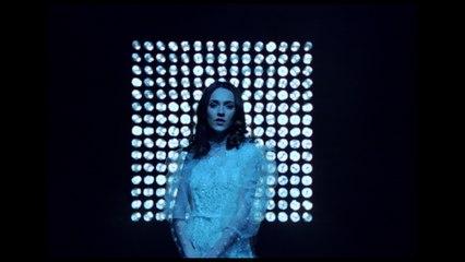 Núria Graham - At Last