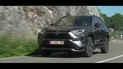 The new Toyota RAV4 PHEV Trailer