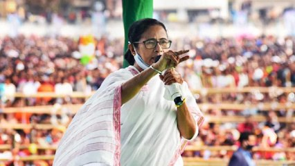 Mamata takes out padyatra against crimes against women