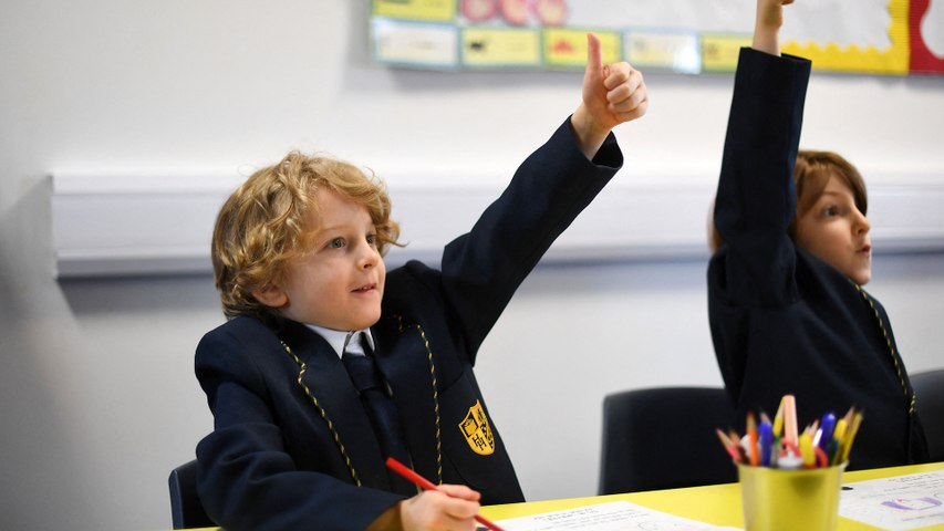 «Certains enfants ont énormément souffert» : les écoliers anglais enfin de retour à l'école