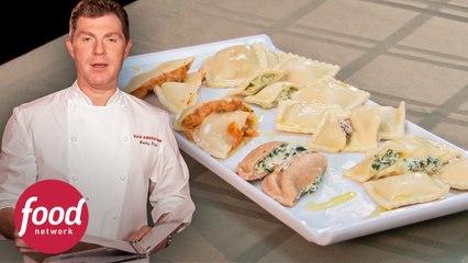 Bobby prepara raviolis de queso y espinaca | Cara a Cara con Bobby Flay | Food Network Latinoamérica