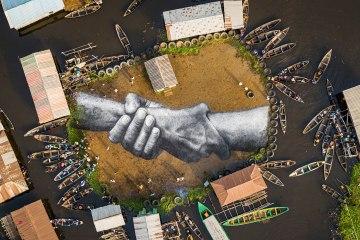Le Bénin découvre les gigantesques fresques de Saype