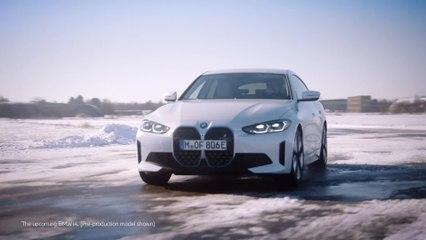 سيارة BMW i4 القادمة - القيادة الديناميكية