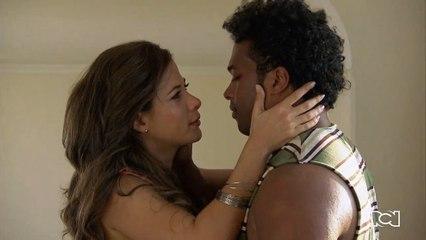 Capítulo 76 | Álvaro y Jackie vuelven a besarse