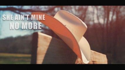 Justin Moore - She Ain't Mine No More