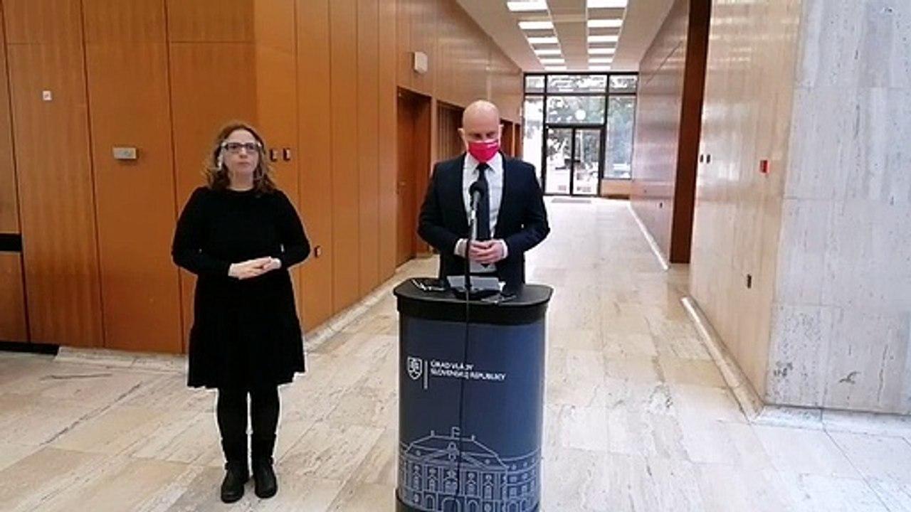 ZÁZNAM: Brífing ministra školstva, vedy, výskumu a športu SR Branislava Gröhlinga