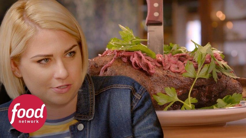 Temperando cordeiro com especiarias | Courtney Rada: A Rainha das Carnes | Food Network Brasil