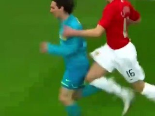 Lionel Messi 20 tuổi hủy diệt Manchester United