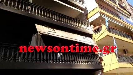 newsontime.gr - Εμπρησμός σε πυλωτή στην Καλαμαριά Συγκλονίζουν οι μαρτυρίες των ενοίκων