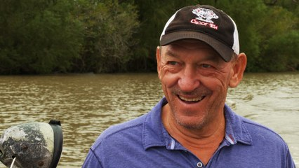 Swamp People: Troy's Special Guest Catches WILD GATORS