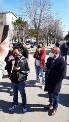 """Andria: da 24 ore in protesta, """"non potete rinchiuderci in casa, vogliamo lavorare. Lo facciamo per i nostri figli"""" – video in diretta da Largo XXV aprile"""