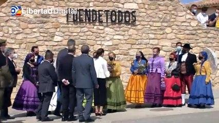 Los Reyes visitan Fuendetodos, el pueblo de Goya, en el 275º aniversario de su nacimiento