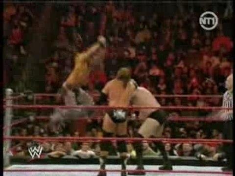 Catch Attack ( RAW ) du 23 février 2008 part 2