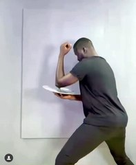 Boubou Design réalise le portrait de Akon