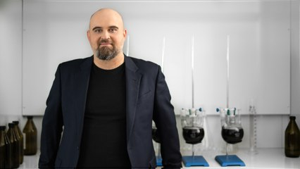 This Entrepreneur's Nanoparticle-Based Fuel Additive Could Help Make Gasoline Cars as Environmentally Friendly as Electric Ones