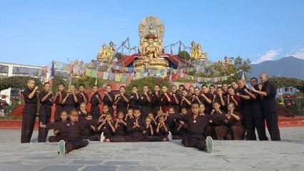 Tibetisch-buddhistische Kung Fu-Nonnen kämpfen für die Umwelt