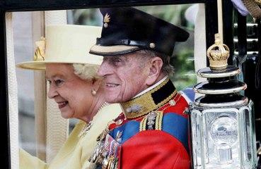 Kraliçe Elizabeth işe geri dönüyor
