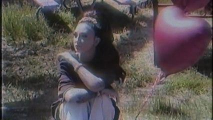 Julia Michaels - Love Is Weird