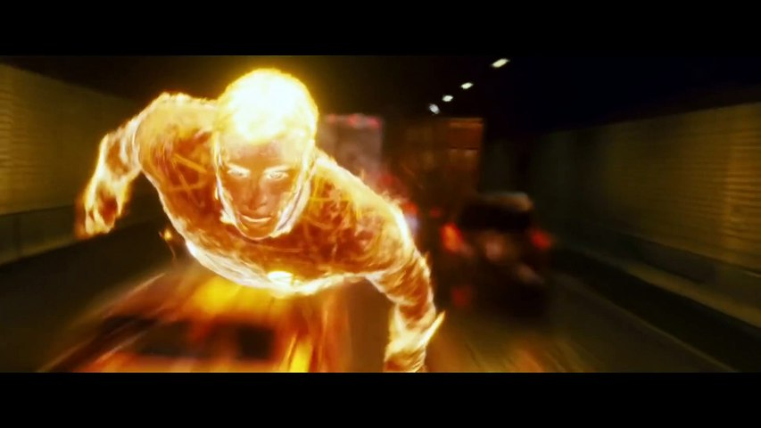 FANTASTIC 4- RISE OF THE SILVER SURFER Clip - -Human Torch vs. The Silver Surfer- (2007)