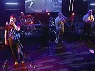 Radiohead - Life in a Glasshouse (Live)
