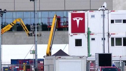 Tesla, il caso Germania: l'elettrico fa male all'ambiente?