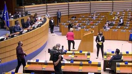 Sofagate: la reprimenda di Ursula von Der Leyen al parlamento Ue non fa male solo alla Turchia