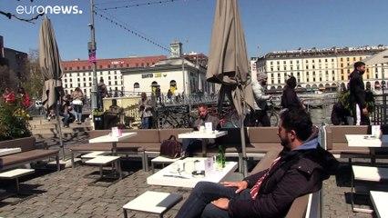 La Svizzera cambia strategia. Test anticorpali per ripartire più in fretta