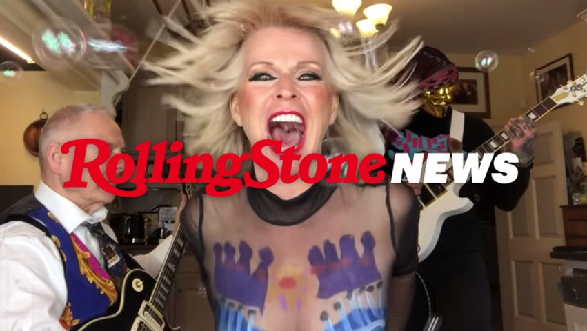 Robert Fripp, Toyah Willcox Drift Into Space Rock With Hawkwind's 'Silver Machine' | RS News 4/27/21
