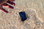 Smartphone tombé dans l'eau, cette astuce imparable pour le sauver