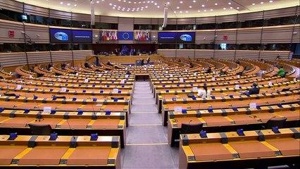 L'europarlamento ratifica l'accordo post Brexit con una maggioranza schiacciante