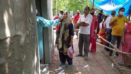 Covid: situazione sanitaria in India catastrofica, i dipendenti di aziende occidentali rimpatriano